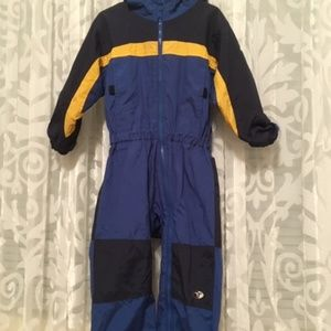 Columbia snowsuit size 4T